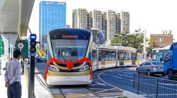 В Китае на линию вышел первый беспилотный трамвай