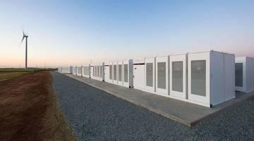 Илон Маск завершил строительство крупнейшего в мире аккумулятора за 100 дней