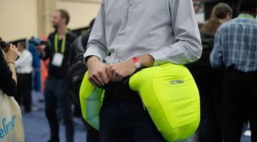 #CES 2018 | Компания Helite разработала подушку безопасности для людей