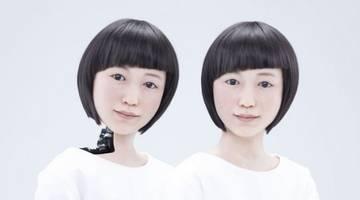 Хироси Исигуро: роботы вроде копии меня самого заменят звезд шоу-бизнеса