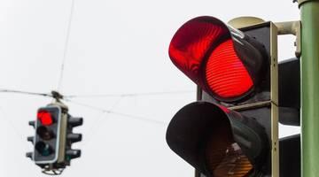 #видео | Китайский робот поливает водой пешеходов-нарушителей